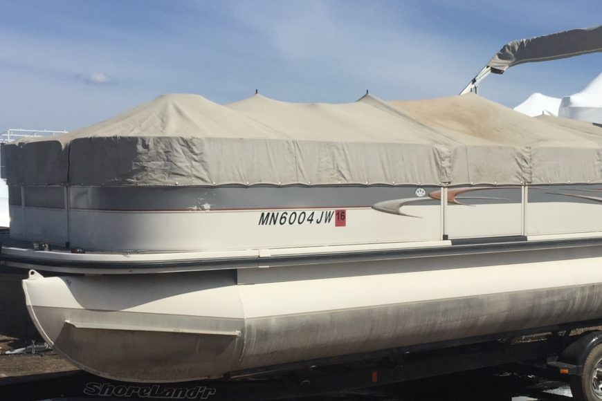 2004 Crestliner Pontoon I/O – SOLD!